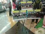 @gatotHD Kalau lagi pada ke @PictFest, bisa cek bebi cek foto2 dari @JalanKaki & @piknikasik di FX lantai 3.